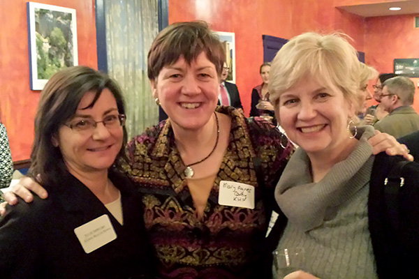 Photo: Phil Galewitz/Kaiser Health NewsJulie Appleby and Mary Agnes Carey, both of Kaiser Health News, and Laurie McGinley, of The Washington Post, (left to right) were among the journalists who attended the March 18 AHCJ chapter event.