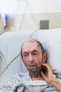 Photo: Heidi de Marco/KHNRon Schwarz, 79, who was hospitalized after falling in the shower, was featured in Anna Gorman's series for Kaiser Health News on the risks that elderly patients can face when hospitalized.