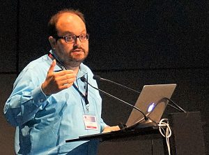 """AHCJ board president Ivan Oransky, M.D., spoke on a panel about """"Reporting on scientific fraud around the world"""" at the World Conference of Science Journalists in Lausanne, Switzerland, on July 2."""