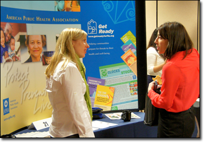 Exhibtor and attendee at Health Journalism 2012