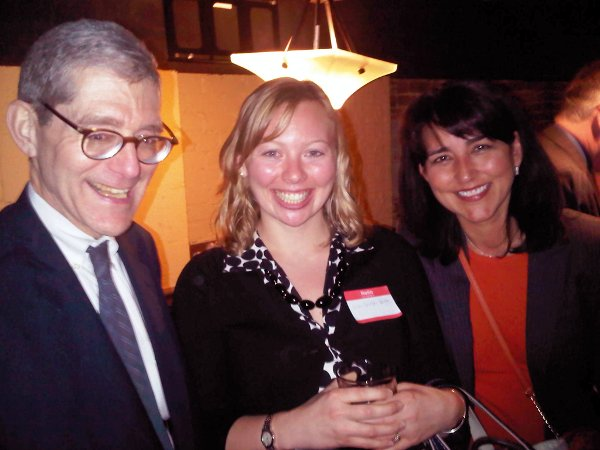 Robert Pear of The New York Times, with HHS communications officials Erin Shield and Dori Salcido, was among about 25 health journalists who gathered with about a dozen members of the HHS communications staff at an AHCJ Washington, D.C., chapter event on April 4 at The Capitol Lounge.