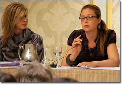 Amanda Moon, Scientific American Books, (right) discusses how she works with writers as MSNBC.com's Linda Dahlstrom looks on.